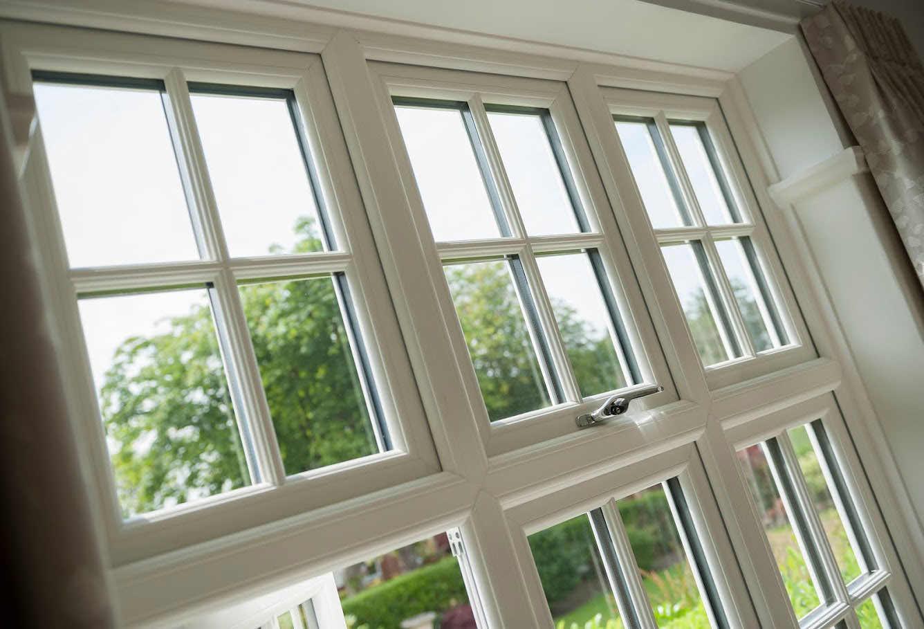 Deceunick Casement Windows